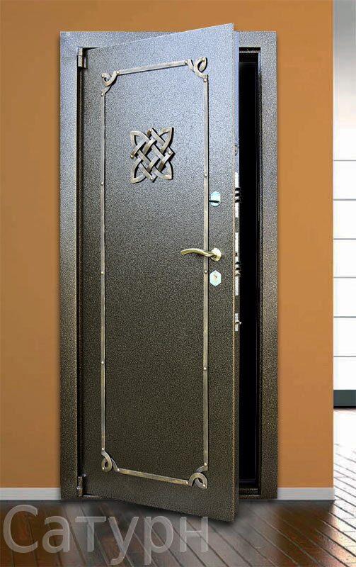 поставили дверь на металлический профиль